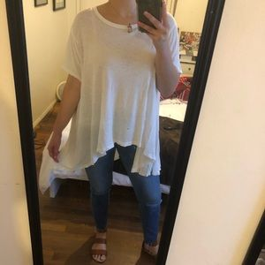WE THE FREE White, High-Low Top (M/L)